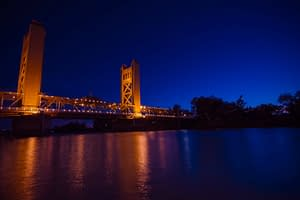 sacramento tower bridge min